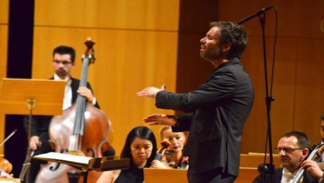 El director de orquesta Josep Vicent, en un concierto protagonizado por la OSRM.