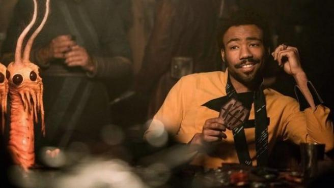 El actor Donald Glover, como Lando Calrissian, en la película 'Han Solo'.