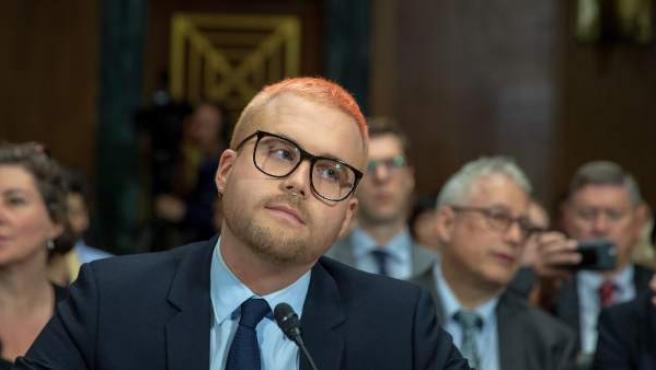 Uno de los fundadores de Cambridge Analytica, Chris Wylie, ante un comité del Senado de EE UU.