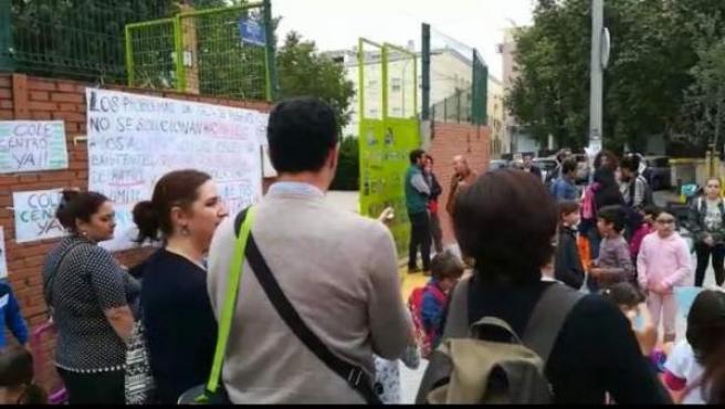 Protesta en el CEIP 'Sor Ángela de la Cruz'