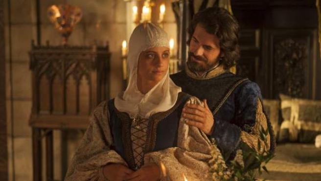 Michelle Jenner y Rodolfo Sancho son los Reyes Católicos en la serie 'Isabel'.