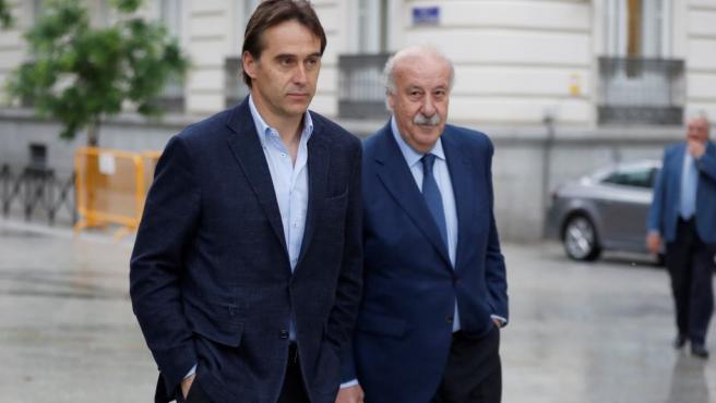 El actual seleccionador español, Julen Lopetegui, y a su predecesor en el cargo, Vicente del Bosque, a su llegada a la Audiencia Nacional.