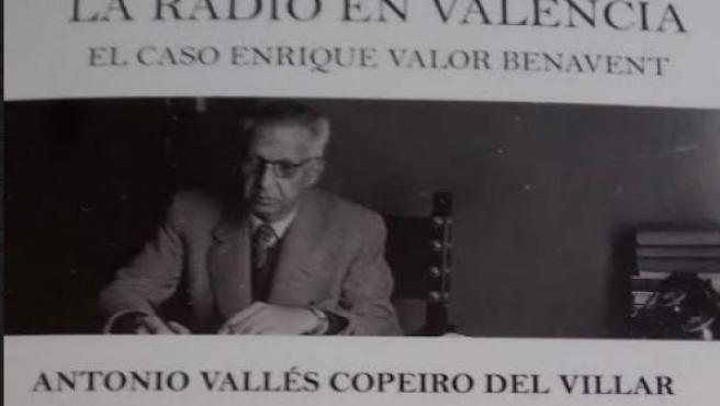 Poratda del llibre sobre els orígens de la ràdio valenciana