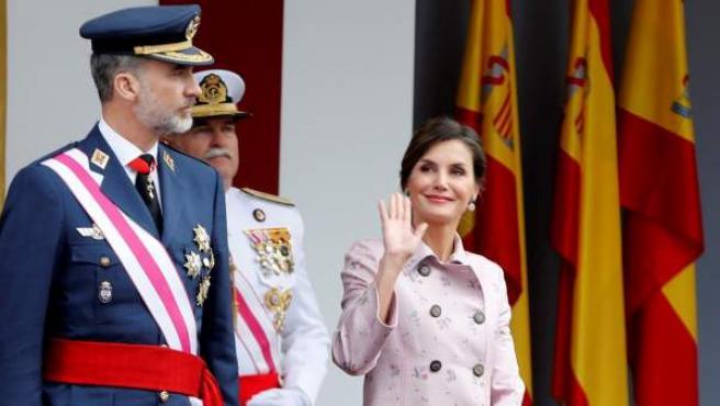 El rey Felipe y la reina Letizia, en el acto central del Día de las Fuerzas Armadas celebrado en Logroño.