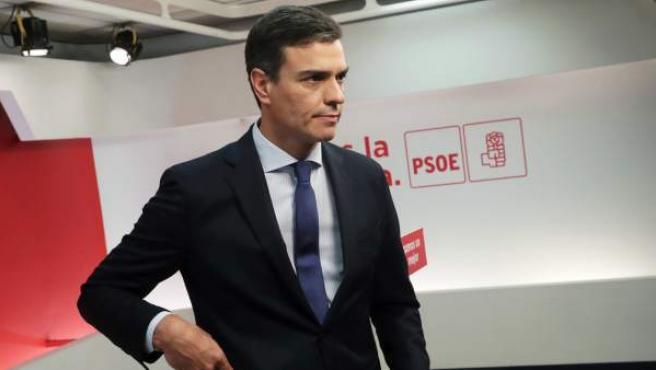El secretario general del PSOE, Pedro Sánchez, durante la rueda de prensa tras la reunión de la Ejecutiva Federal del partido, en la sede de Ferraz.