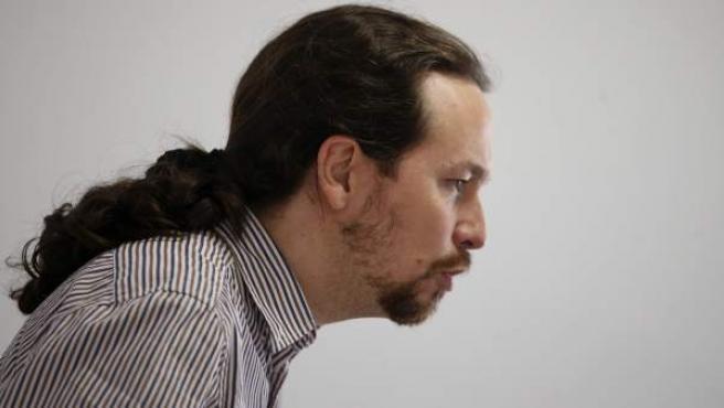 El secretario general de Podemos, Pablo Iglesias, en una rueda de prensa ofrecida en la sede de la formación, en Madrid.