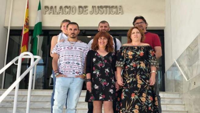 Representantes de IU en el Juzgado de Motril