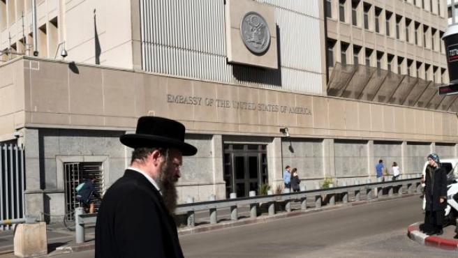 Un judío ultraortodoxo en Tel Aviv (Israel).