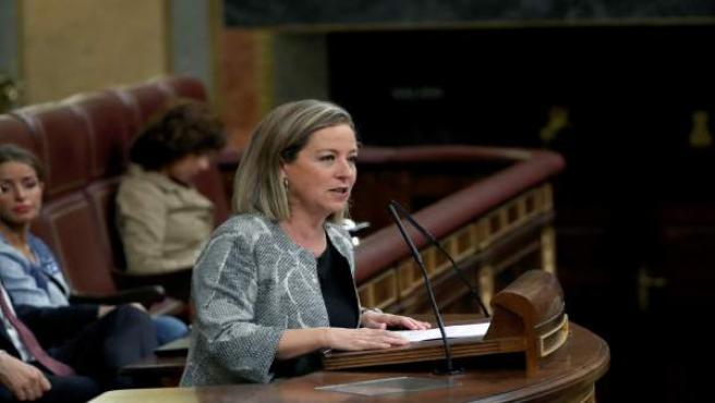 La líder canaria, Ana Oramas, durante su intervención en la moción de censura del PP.