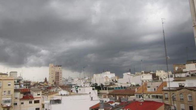 Tormenta y lluvia en Valencia.