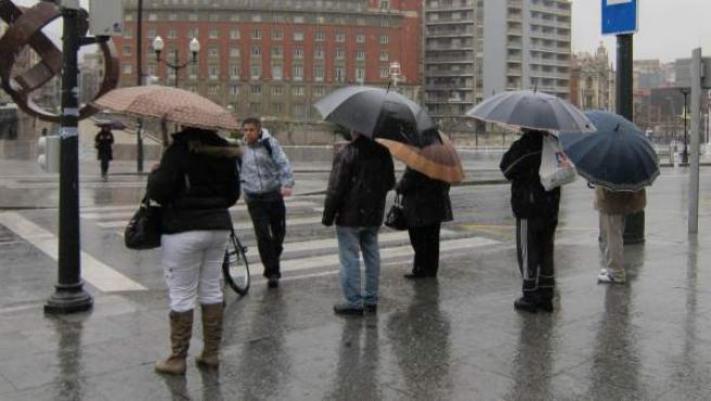 Imagen de archivo de fuertes lluvias.
