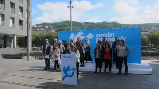 Presentación de la iniciativa 'Orain Presoak'