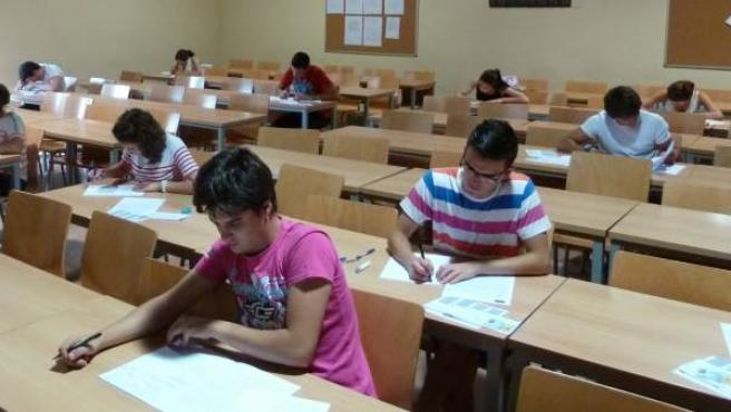Unos 300.000 alumnos se examinarán de las pruebas de Selectividad durante la primera quincena de junio.