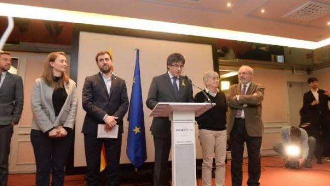 Los exconsejeros Ponsatí, Comín y Puig se entregarán en Bélgica y Escocia tras reactivarse las órdenes de dete