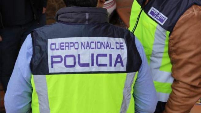 Varios agentes de la Policía Nacional de Valencia.