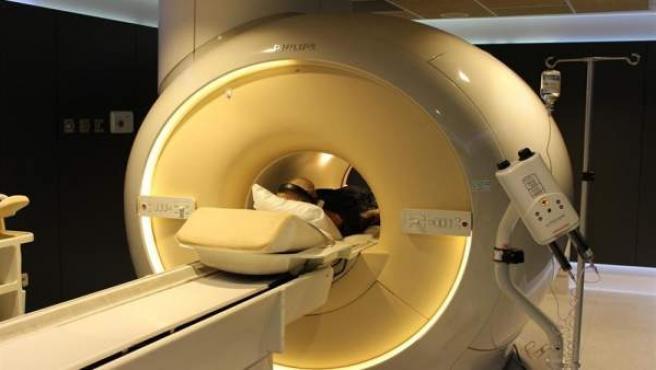 Resonancia magnética. Imagen de archivo
