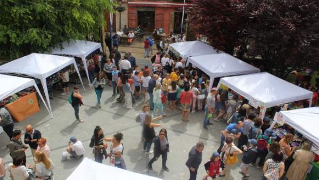Mercado de cooperativas escolares, en Huesca