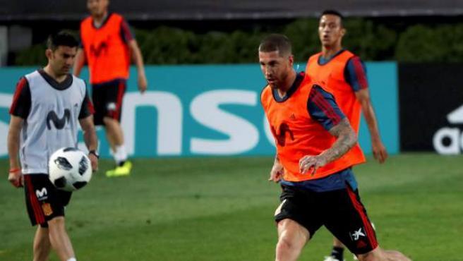 Sergio Ramos, entrenando con la selección española.