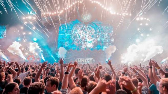 Unite with Tomorrowland.