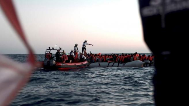 Situación del buque Aquarius con 629 migrantes a bordo.