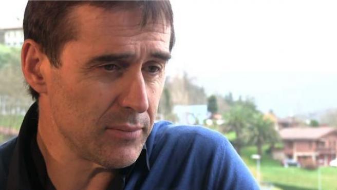 El seleccionador español de fútbol, Julen Lopetegui, en su localidad natal de Asteasu (Guipuzcoa).