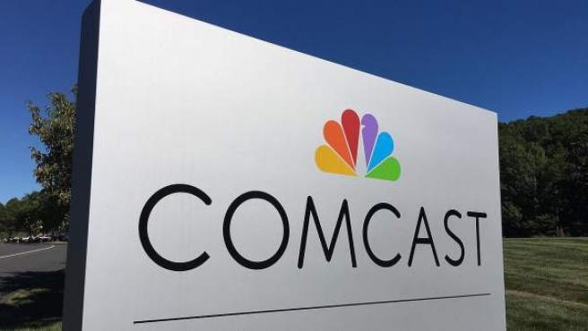Comcast Corporation es un conglomerado de medios de comunicación que ofrece servicios televisivos por cable, internet y telefonía.