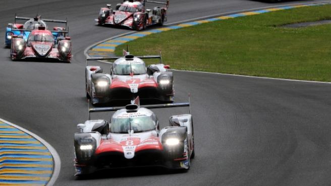 Alonso, del equipo Toyota Gazoo Racing (no.8), en las 24 horas de Le Mans.