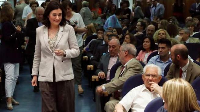 La ministra de Sanidad, Carmen Montón, a su llegada al acto de toma de posesión de los nuevos altos cargos del departamento que dirige.