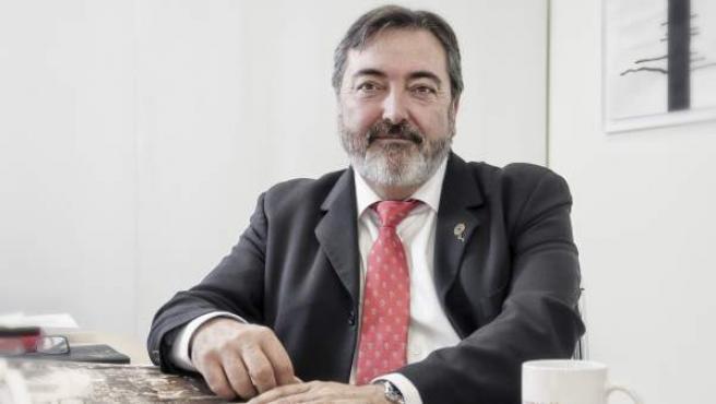 El doctor Salvador Martínez, investigador de terapia celular de ELA en el Instituto de Neurociencias de Alicante.
