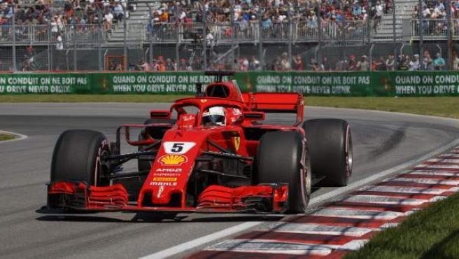 Sebastian Vettel, al volante de su Ferrari en el GP de Canadá.