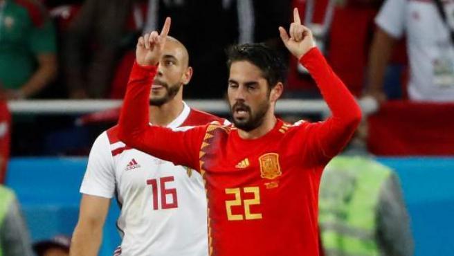 Isco celebra tras marcar el 1-1 durante el España-Marruecos.