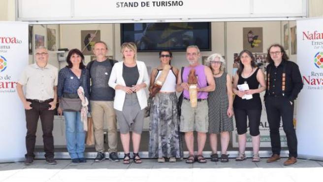 Ganadores y organizadores de la Feria de Artesanía de Navarra