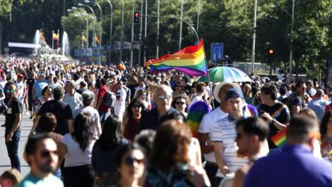 Asistentes a la mayor marcha del Orgullo Gay 2017 en el mundo, en Madrid.