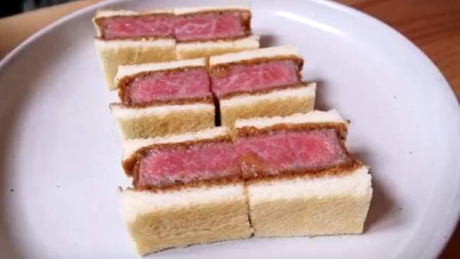 Sandwiches de ternera japonesa Wagyu.