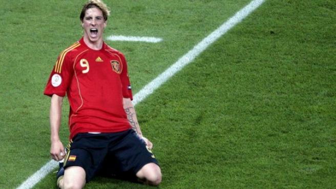 Fernando Torres celebra el gol ante Alemania en la Eurocopa de 2008.