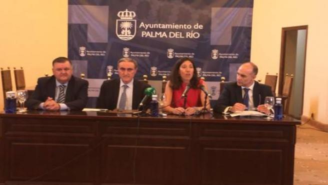 Zurera, Ruiz Almenara, Del Pino y de la Torre en el acto de firma