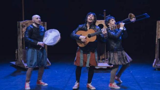 Los tres intérpretes de 'Los Farsantes de ida y vuelta'.