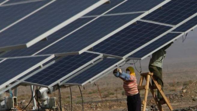 Las plantas solares aprovechan el calor del sol como fuente de energía.