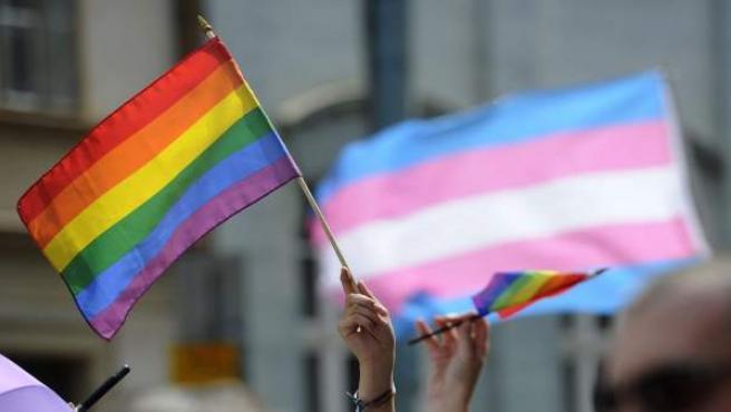 Bandera gay contra homofobia diversidad sexual