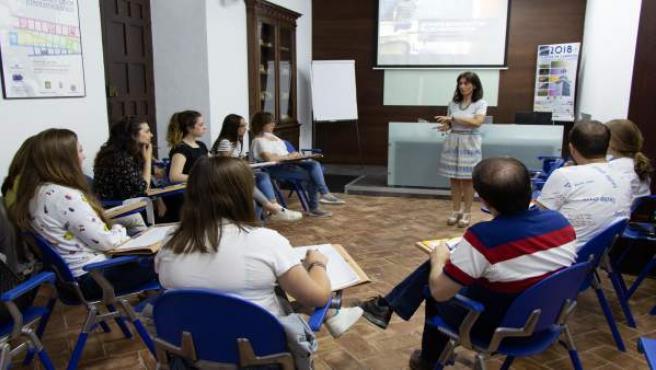 Gema Sancho en los cursos de verano de la UPO