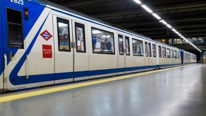 Uno de los trenes de Metro de Madrid.