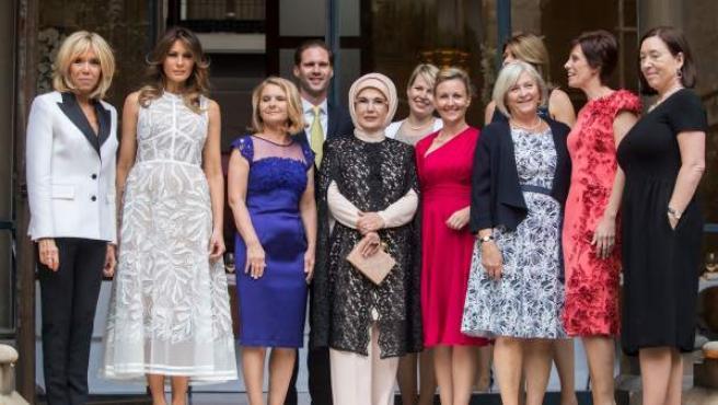 Las cónyuges de los jefes de Estado y de Gobierno de la OTAN.