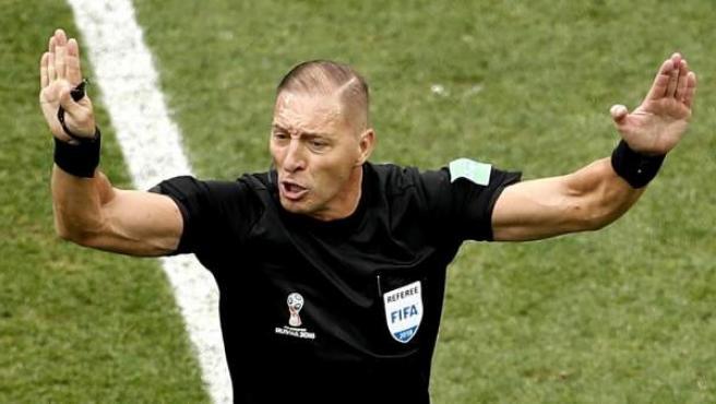 El argentino Nestor Pitana arbitrará la final del Mundial de Rusia 2018 entre Francia y Croacia