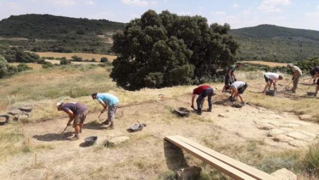 Excavaciones en el asentamiento de la Edad del Hierro del Pueyo de Marcuello