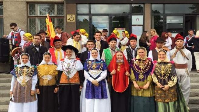 Festival folklórico