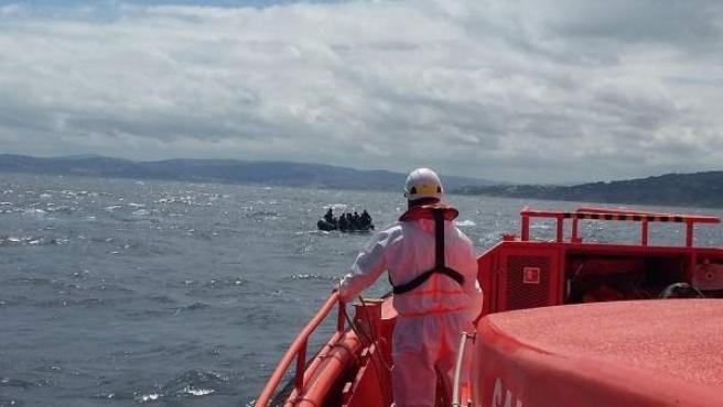 Imagen de una operación de rescate de Salvamento Marítimo.
