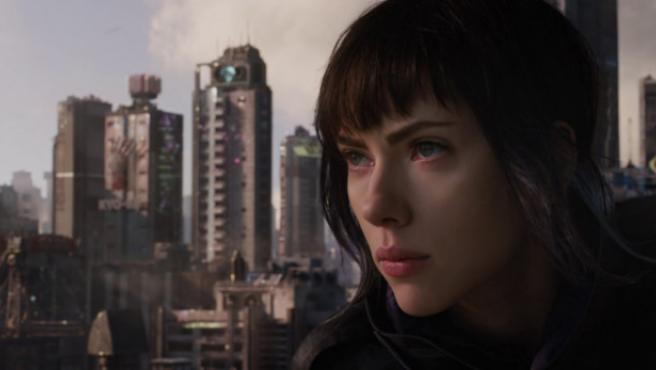 Scarlett Johansson abandona el proyecto transgénero tras las críticas