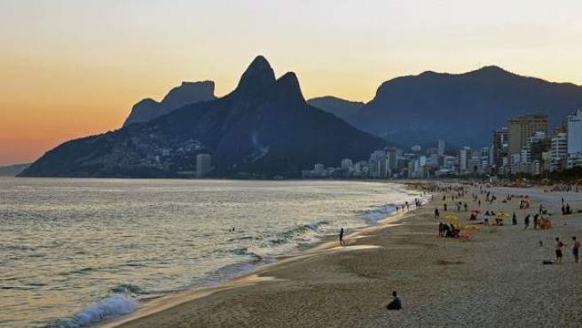 La playa brasileña de Ipanema.