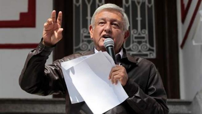 El futuro presidente de México, Andrés Manuel López Obrador, presenta su Plan de Austeridad Republicana en Ciudad de México.