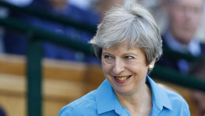 La primera ministra británica, Theresa May, en el torneo de tenis de Wimbledon, en Londres.